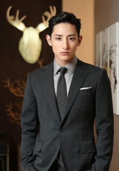 Ли Су Хёк